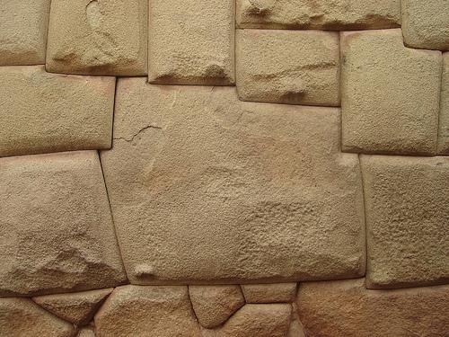 Образец каменной кладки, в большом количестве встречающейся в Америке